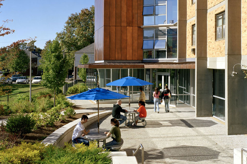University Of Massachusetts Lowell >> LEFTFIELD : Portfolio : College & University - Public : Salem State University Summer Renovations